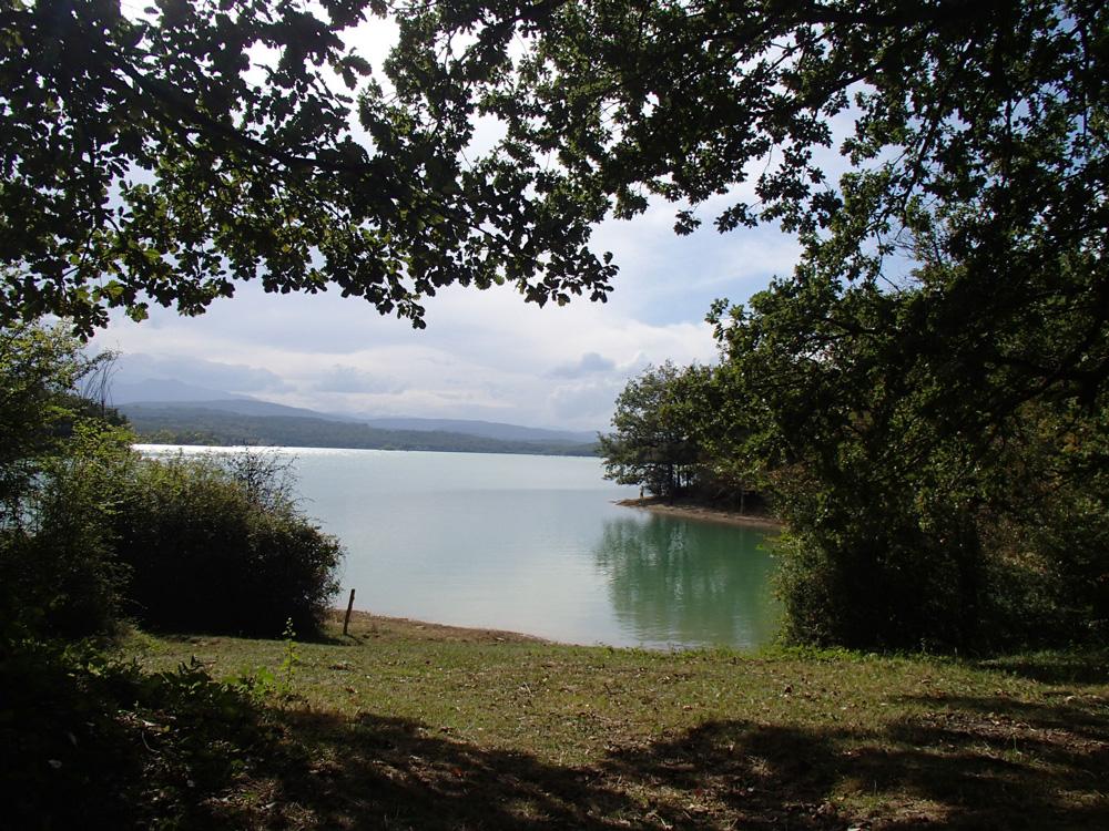 Le lac de Montbel, un lac paisible